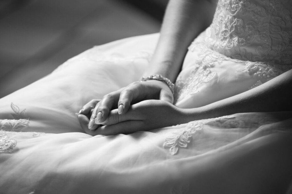 Panna Młoda podczas ceremonii zaślubin