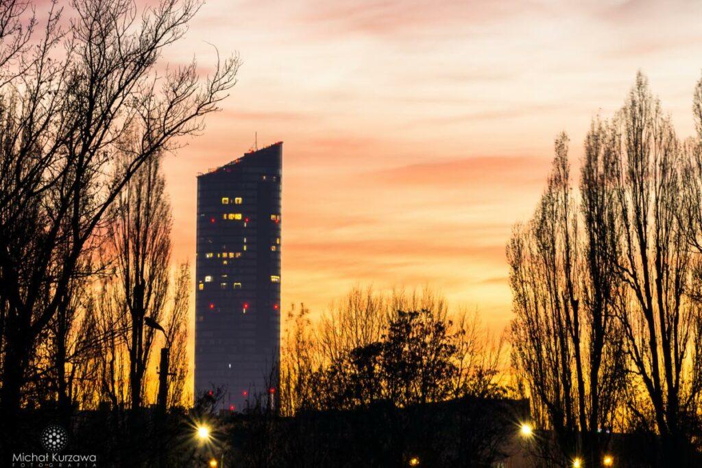 Fotografia Architektury Sky Tower Wroclaw