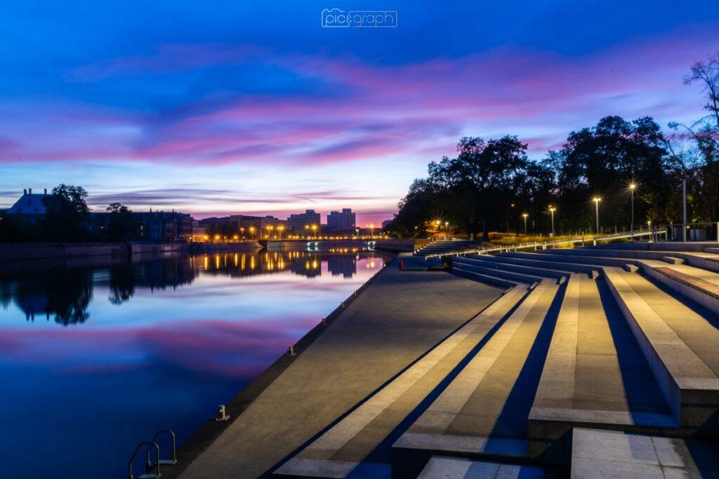 Wrocław Fotografia Bulwar Nad Rzeką