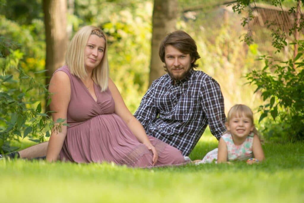 Fotografia rodzinna wrocław wiosenna sesja w parku